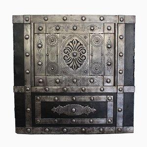Caja fuerte italiana antigua pequeña tachonada