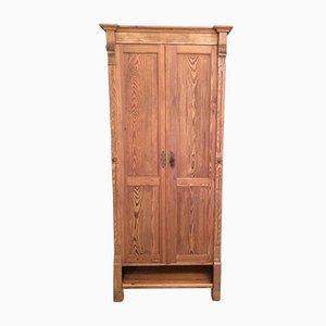Armadio antico in legno