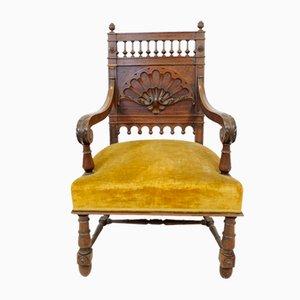Antiker italienischer Armlehnstuhl aus Nussholz