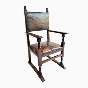 Antiker italienischer Schreibtischstuhl aus Nussholz