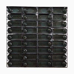 Französischer industrieller Mid-Century Stahlschrank, 1950er