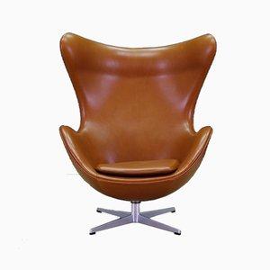 Dänischer Armlehnstuhl aus Leder von Arne Jacobsen für Fritz Hansen, 1960er