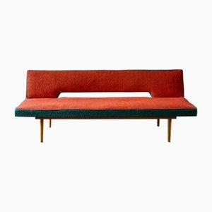 Sofá cama de haya de Miroslav Navratil para Cesky Nabytek, años 60