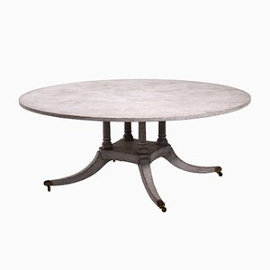 Großer atiker eropäischer Tisch mit Bronzefüßen
