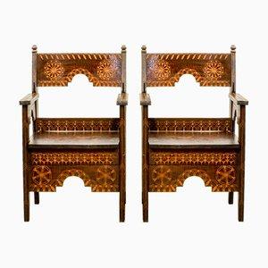 Orientalische Mid-Century Armlehnstühle aus Holz, 1950er, 2er Set