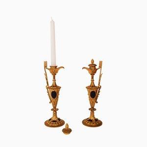 Antike französische Kerzenhalter aus vergoldeter Bronze, 2er Set