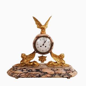 Antike Empire Pendeluhr aus Marmor & vergoldeter Bronze mit Adler- und Sphynx-Motiv