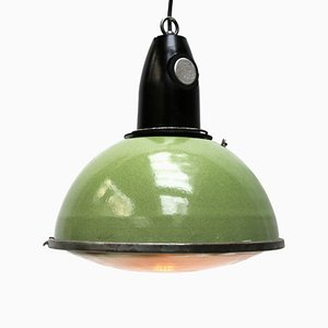 Lampe à Suspension Industrielle Vintage en Émail Vert et Bakélite de Holophane, 1950s