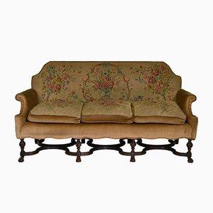 Antikes Sofa mit Gestell aus Nussholz & Näharbeit
