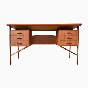 Schreibtisch aus Teak von Svend Aage Madsen für Sigurd Hansen, 1950er