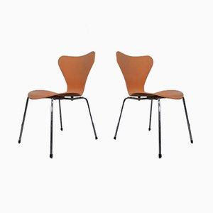 Chaises 3107 par Arne Jacobsen pour Fritz Hansen, Danemark, 1994, Set de 2