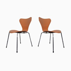 Danish 3107 Chairs by Arne Jacobsen for Fritz Hansen, 1994, Set of 2