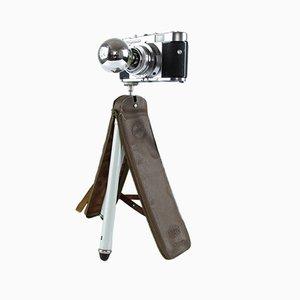 Umgewandelte Vintage Voigtländer Vito B Kamera Schreibtischlampe auf Stativ
