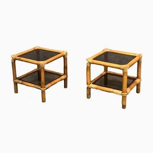 Mesas auxiliares de bambú y vidrio, años 60. Juego de 2