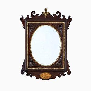 Amerikanischer Spiegel mit Nussholzrahmen im Sheraton-Stil, 19. Jh.