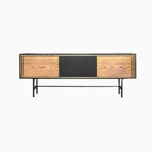 Mid-Century Sideboard aus Eschenholz mit schwarzen Platten im skandinavischen Stil, 1960er