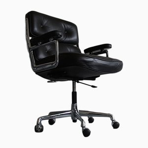 Modell ES 104 Schreibtischstuhl aus Chrom & Leder von Charles & Ray Eames f