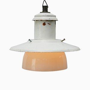 Lampe à Suspension Industrielle en email et Verre Opalin