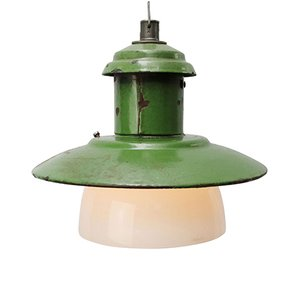 Lampe à Suspension Industrielle en Verre Opalin et email Vert