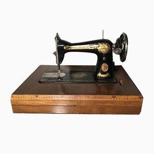 Vintage Fraktur Nähmaschine von Isaac Merrit Singer für Singer Manifacturing Company, 1930er
