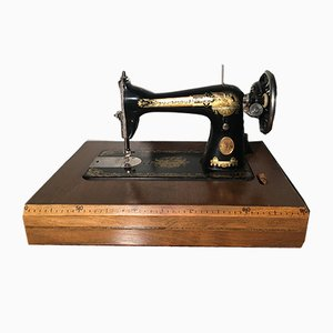 Vintage Fraktur Sewing Machine by Isaac Merrit Singer for Singer Manifacturing Company, 1930s