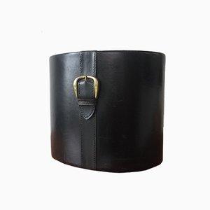 Papelera vintage ovalada de cuero con hebilla de latón, años 50