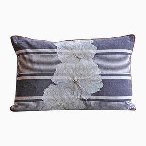 Cuscino Due a fiori e strisce di GAIADIPAOLA