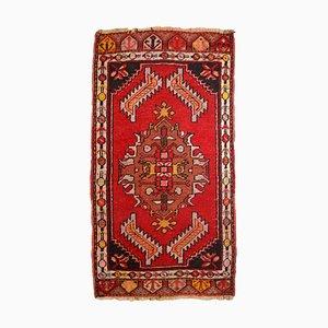 Tappeto Yastik vintage rosso, Turchia, anni '60