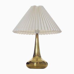 Dänische Tischlampe aus Messing von Johannes Hammerborg für Fog & Mørup, 1960er