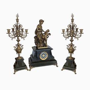 Napoleon III Bronzeuhr mit 2 Kandelabern von L DESNAILLE, 1871