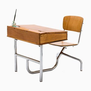 Vintage Bauhaus Kindertisch mit verchromtem Rohrgestell von SLEZAK Factories