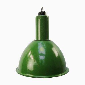 Industrielle Vintage Hängelampe aus grüner Emaille, 1950er