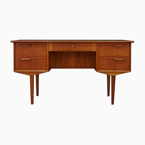 Dänischer Vintage Schreibtisch aus Teak, 1960er