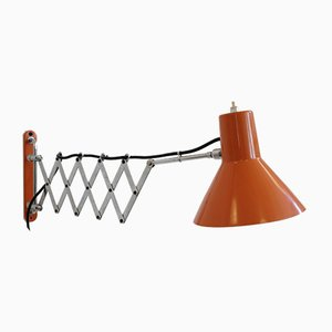 Orangefarbene Vintage Scherenwandlampe, 1970er