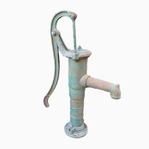 Bomba de agua industrial de hierro fundido, años 40