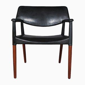 Armlehnstuhl mit Gestell aus Palisander von Ejnar Larsen & Aksel Bender für Willy Beck, 1960er