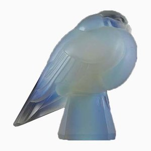 French Opalescent Glass Bird Figurine from Verrerie d'Art Sabino, 1930s