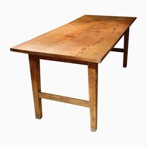 Mesa de comedor antigua de castaño