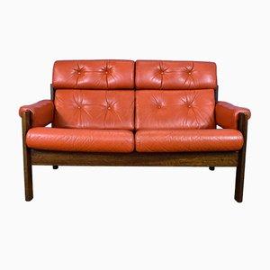 Sofá de dos plazas sueco de cuero rojo, años 70