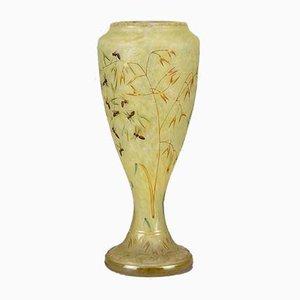 Antike Vase mit Bienen- & Blumenmotiv von Daum Freres