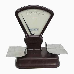 Model 2359 Bakelite Scale from Dayton, 1950s