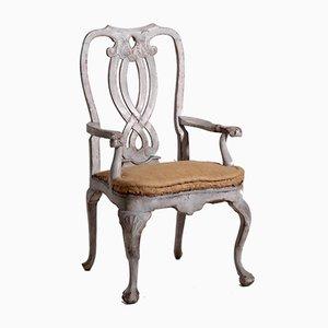 Antiker schwedischer Armlehnstuhl mit Schnitzereien