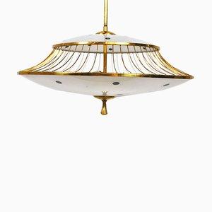 Lámpara de techo italiana vintage de latón y vidrio esmerilado, años 50