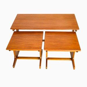 Tavolini ad incastro in teak di G-Plan, anni '60, set di 3