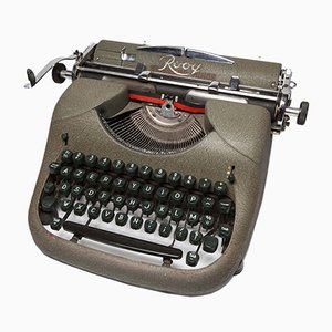 Standard Minor Typewriter from Rooy, 1954