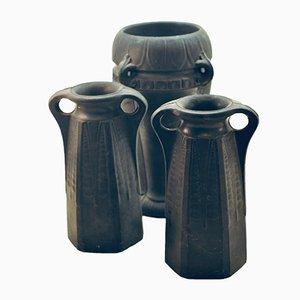 Antike schwedische Vasen aus Terrakotta, 3er Set