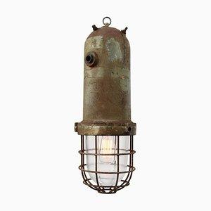 Lámpara colgante industrial vintage de aluminio fundido y vidrio enjaulado, años 50