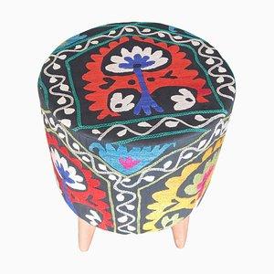 Otomana uzbeka con tela Suzani, años 80