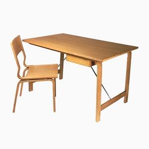 Set mit 4 Saint Catherines Schreibtischen & Stühlen von Arne Jacobsen für Fritz Hansen, 1960er