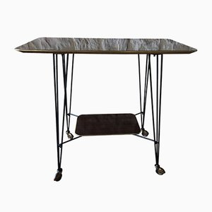Mesa auxiliar de palisandro, formica y latón, años 60